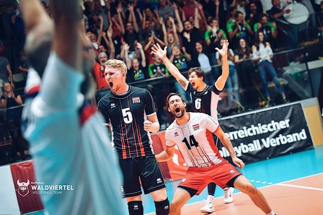 Volleyballspektakel wird seinem Namen gerecht
